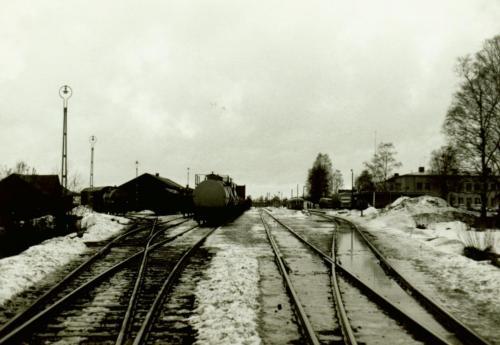 1971-72 nyår Oljevagnar på stationen Malung.