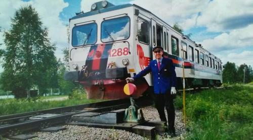 20010614 Bengt Erik Björklund. Växling i norra ändan av bangården. Norrut bortåt i bilden