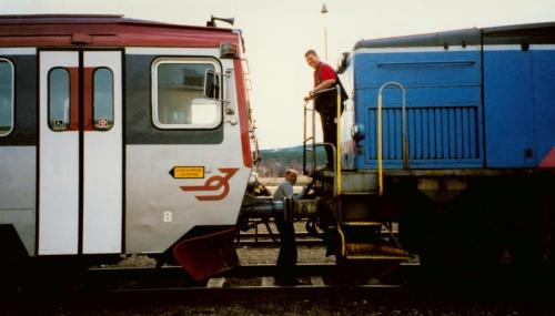 Bogsering av motorvagn som havererat Motorvagn Y1 Tåg i Bergslagen4
