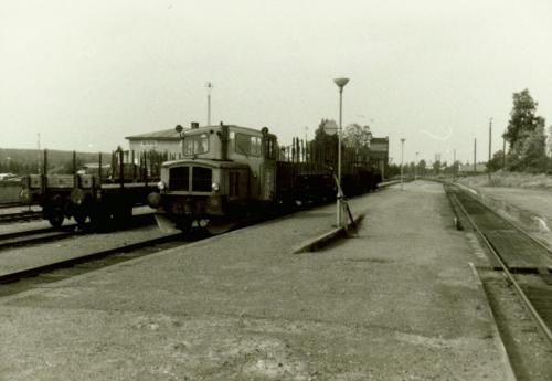 1970-tal början Rivningståg Särnabanan. Gamla plattformen mellan spåren som senare revs